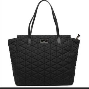 KATE SPADE 🔴 lightweight quilted zipper tote